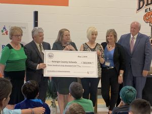 First Lady Cathy Justice Presents Check to Expand Communities In Schools Program in WV